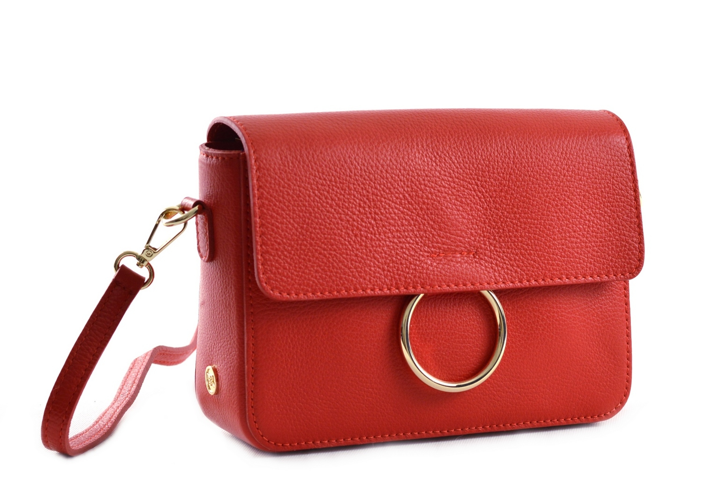 Bright Elegantní dámská kabelka menší kožená s kroužkem červená
