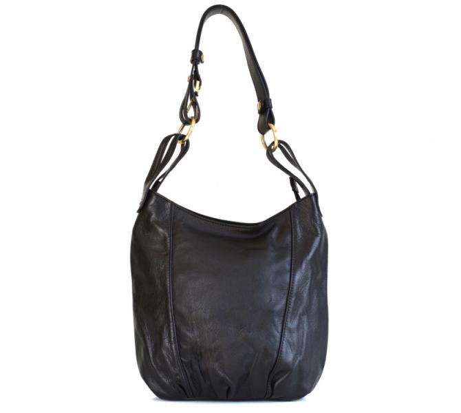 56058069b05 Kožená dámská kabelka větší A5 přes rameno hladká černá - Kožená ...