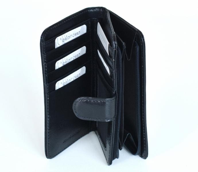 7d73a7b31 Dámská peněženka kožená na výšku vybavená se zipovou kapsou černá - Dámská  peněženka kožená na výšku vybavená se zipovou kapsou černá : DOMIbags.cz