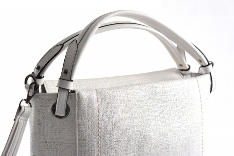 ... Bright Dámská kabelka A4 přes rameno s cvočky Handbag stříbrná ... e4524373ceb