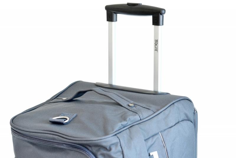 ... BRIGHT Cestovní taška na kolečkách Duffle with wheels 58 32 černá 77d4dca526