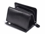 Dámská kožená peněženka na výšku se zipem na mince černá