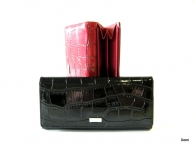 BRIGHT dámská peněženka s velkou zipovou vnější kapsou kroko lak (stříbrný štítek) černá