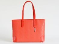BRIGHT Elegantní kabelka kožená vzorovaná na dokumenty červená