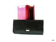 BRIGHT dámská peněženka s velkou zipovou vnější kapsou strukturovaný lak (zlatý štítek) černá