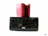 BRIGHT dámská peněženka s velkou zipovou vnější kapsou kroko lak (zlatý štítek) černá