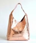 Kožená dámská kabelka velká A4 metalická na zip přes rameno růžová